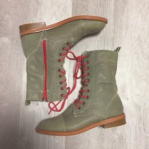 Olive Green Steve Madden The Cool People Boots
